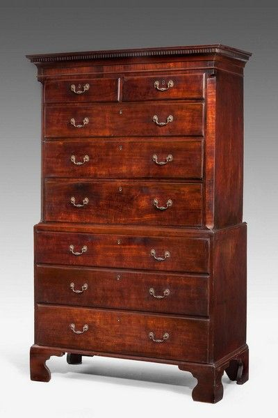 George III period Chest on Chest - Windsor House Antiques