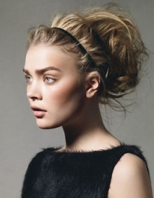 20 Stylish Hairstyles with Headbands for Younger Ladies