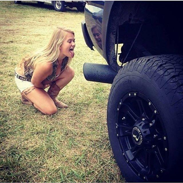 www.alligatorperformance.com When she wants just the tip!  #AlligatorPerformance #AlligatorNation #dailybadass #trucksdaily #dieselperformance #allthehorsepowers #Diesellife #allthingsdiesel #truckporn #diesel #dieselpower #TruckLife #dieselfanatics #justthetip #dieseltip #throttledown