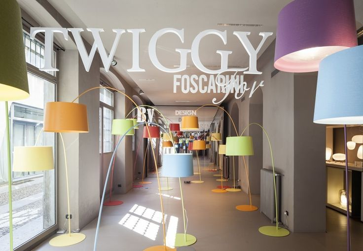 Foscarini Spazio Brera presents: Twiggy special edition.