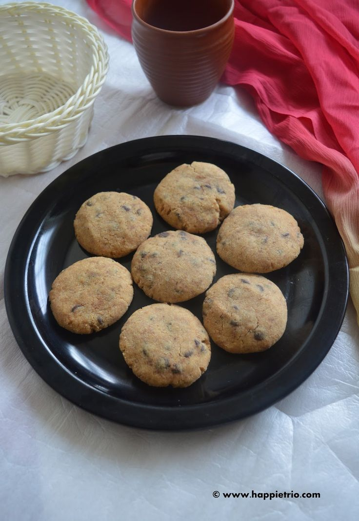 Eggless Whole Wheat Choco chip Cookies