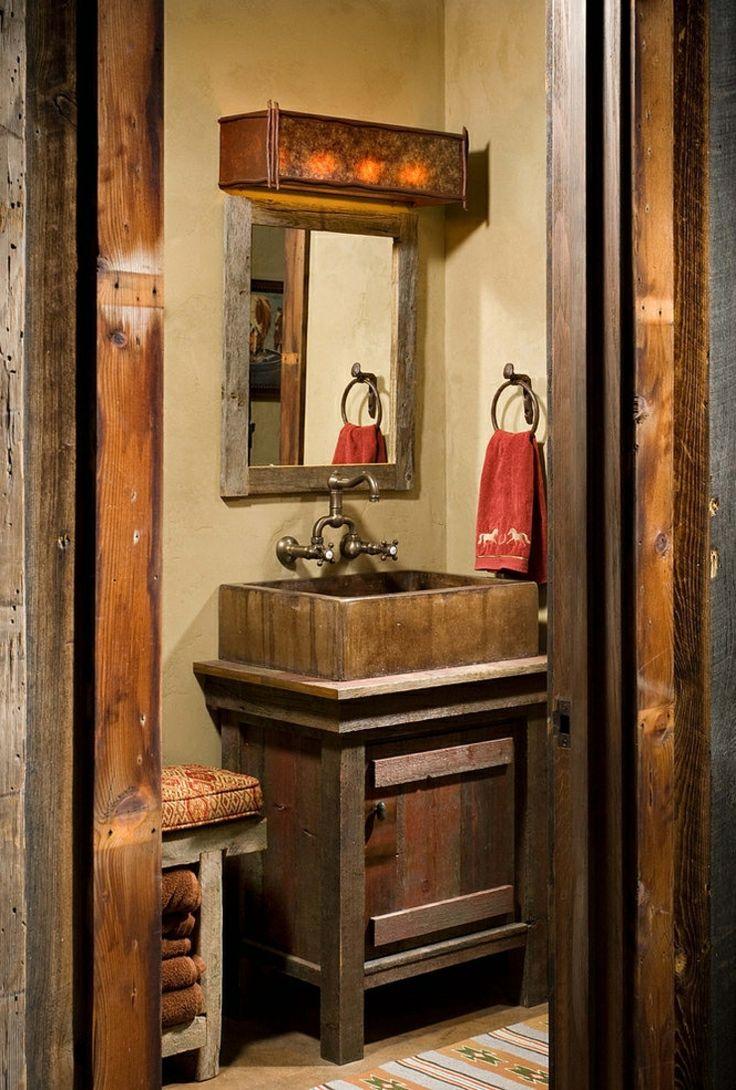 Salle de bains de ce chalet en bois américain