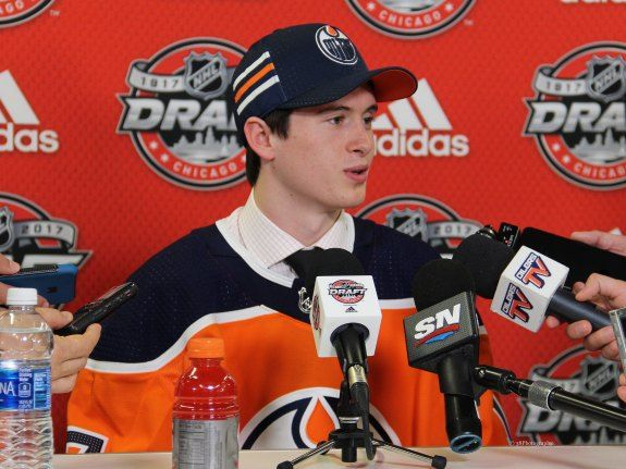Could Yamamoto Be Oilers' Version of Tyler Johnson? With the Edmonton Oilers concluding development camp this week, one of the more interesting media availabilities was with Kailer Yamamoto. The Oilers' 2017 first round pick might stand at just 5'8″ and 153 pounds, but he exudes confidence. That confidence is a major reason he led the WHL's Spokane Chiefs in scoring with 99 points and finished sixth in league scoring in 2016-17.