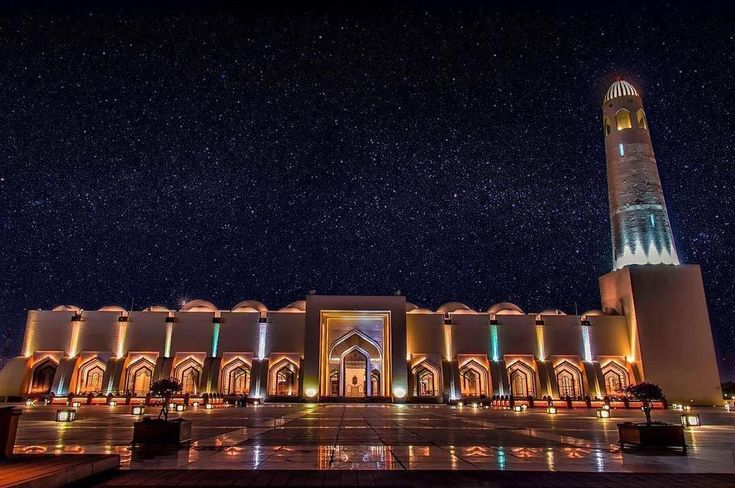جامع محمد بن عبدالوهاب   Imam Muhammad ibn Abd al-Wahhab Mosque . . . Photo by @hasan.xaidi ・・・ #awesome #qatarliving #qatarism #visitqatar #seemydoha #qatarstories #doha#dohanights #qatar_shoot
