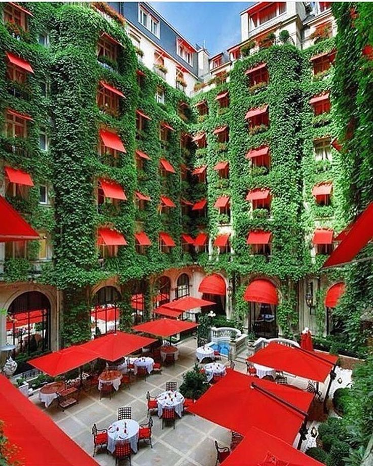 France By @plaza_athenee