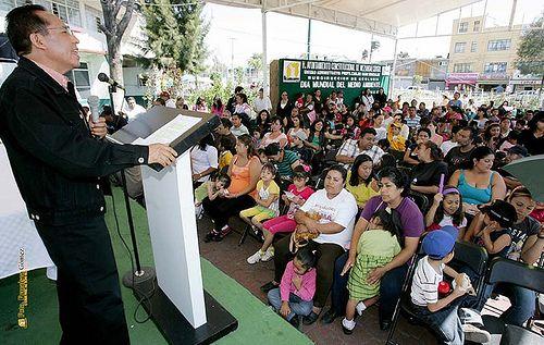 Nezahualcóyotl, Méx. 05 Junio 2013. El mensaje del Director de la Unidad Administrativa de la Zona Norte, Cristóbal Ramírez, durante la Celebración del Día Mundial del Medio Ambiente.