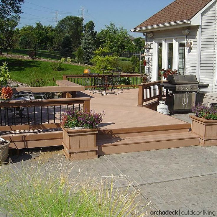 More often than not, if a platform deck fits your needs a built-in bench/planter — or two or three — fits well with the design.  These features are a space-smart way to maximize the use of your outdoor space and in the absence of railing, define the deck perimeter.