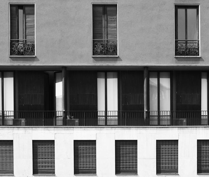 Edificio per abitazioni, arch.Luigi Caccia Dominioni  Piazza Sant'Ambrogio 16, Milano (Foto di Mattia Morandi)