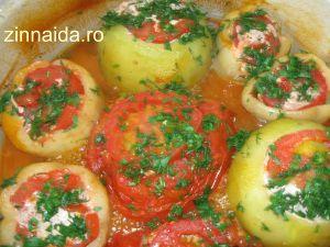 În bucătărie la Zinnaida: ARDEI UMPLUȚI CU CARNE. Rețete culinare pe înțeles...