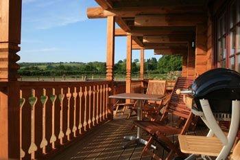 Dwr Y Felin Log Cabins- Powys