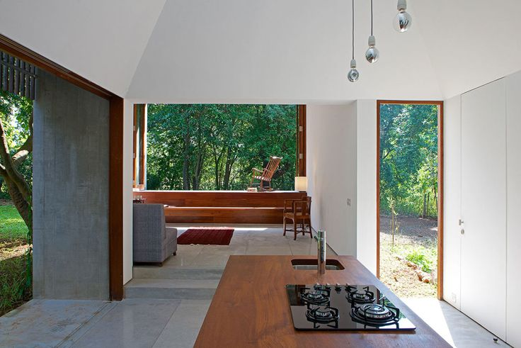 House on a Stream - Architecture Brio - alignment of indoor / outdoor spaces