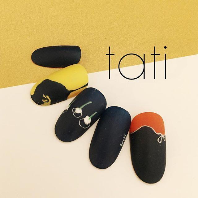 前にあったデザインを色違いで作りました◡̈♥︎ 差し色が可愛くてたまりません〜〜。 ・ ・ #nailart #nails#naildesign #design #art #gelnail #ネイルアート#ネイル #ネイルデザイン#指甲 #指甲彩繪 #藝術 #美甲 #design #cool#beauty#nails#instagood #tati #네일 #네일아트 #일본네일 #네일트렌드 #젤 #젤아트 #네일디자인