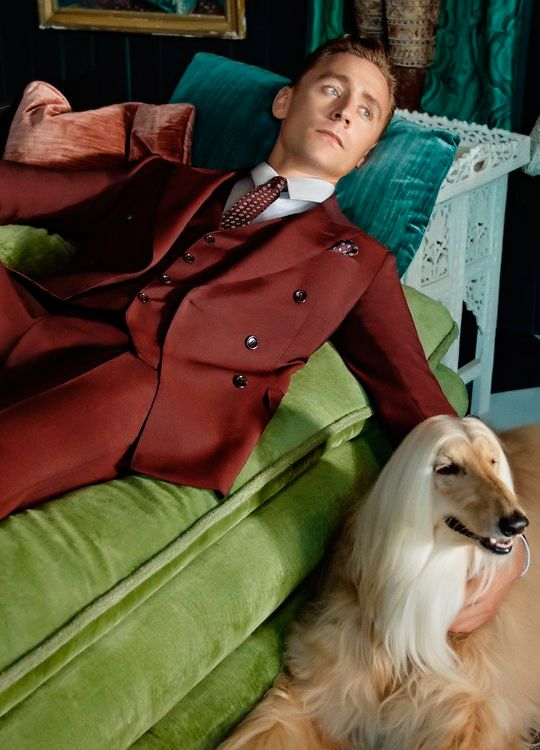 Tom Hiddleston photographed by Glen Luchford for GQ Magazine. Full size image: http://i.imgbox.com/Nokx1C4l.jpg Source: http://www.gq.com/story/gucci-tom-hiddleston-ad-campaign-suits?mbid=social_twitter