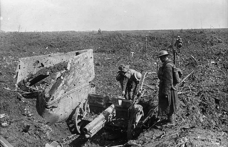A German Whiz-bang captured by Canadians at Thelus, Vimy Ridge, April, 1917.