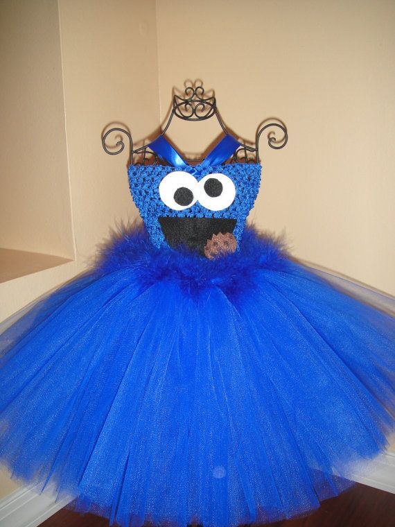 Cookie monster Halloween costume I like the top of this one...