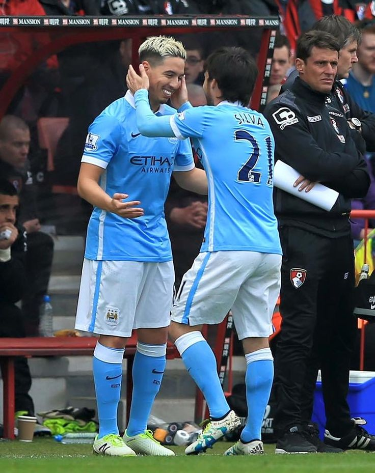 What a moment! Samir Nasri returns after injury for City against Bournemouth. City win 4-0! ⚽️