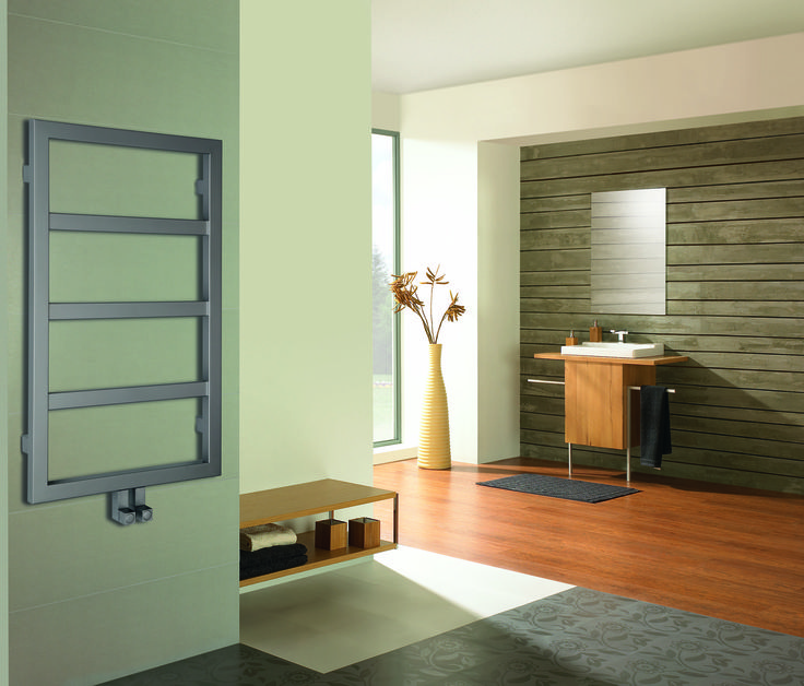 Radiator Boston - In cozy and wooden bathroom you can find calm after stressful day.