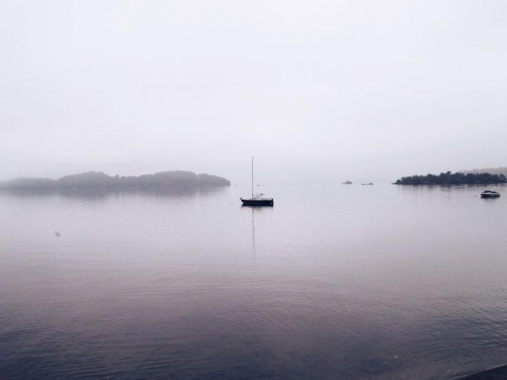 foggy morning on loch lomond