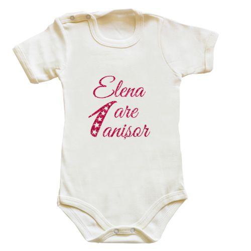 Body bebe pentru bebelusii care implinesc un anisor. Prenumele bebelusului poate…
