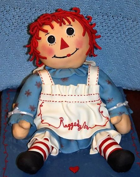 Raggedy Anne! And other doll cakes (including Barbie and Blythe) on CW Sunday Sweets