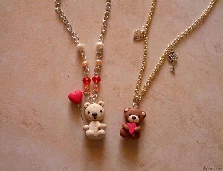 Dolcissimi orsetti innamorati per San Valentino <3 Life in Colour Accessori Handmade #sanvalentino #love #fimo