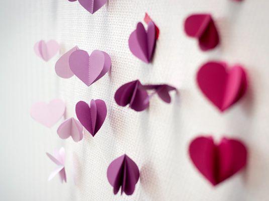 Heart garland - DIY wedding decoration by Bijou Brigitte