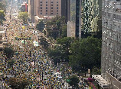 JORNAL O RESUMO: Veja fotos das manifestações de hoje na Região dos...