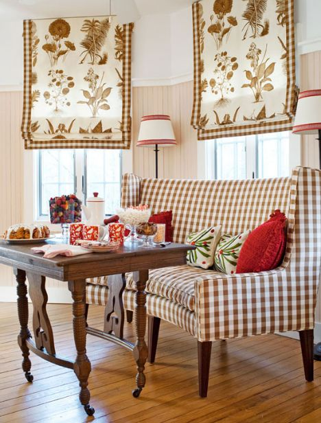 Traditional Home breakfast room | Talk of the House