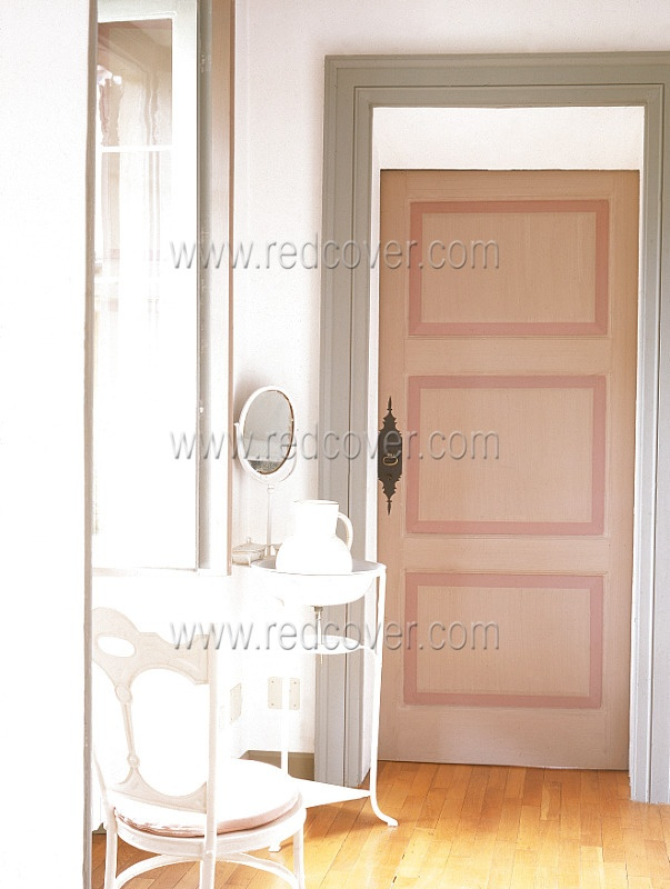 door detail ... would be lovely in a little girl's room: Alayna Rooms, Rooms Ideas, Little Girls Rooms, Little Girl Rooms, Lissy Rooms, Avery Rooms, Kids Rooms