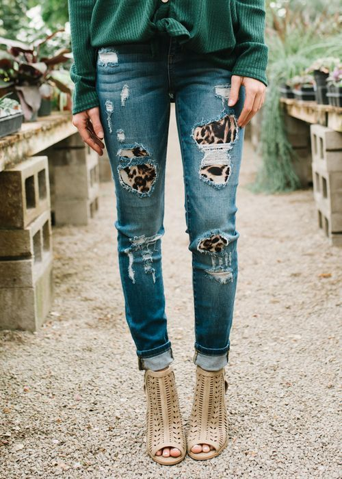 Fashion Is Constantly Changing And Being Refreshed It S Of Significant Interest To So Many People All Distressed Jeans Denim Women High Waisted Jeans Vintage