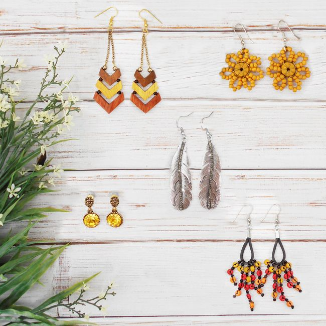 Earrings for Summer <3 Available online and in store. www.instagram.com/jashliving