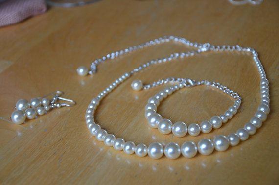 Pearl Jewelry set graduated pearl jewelry by MadeForMeBridal