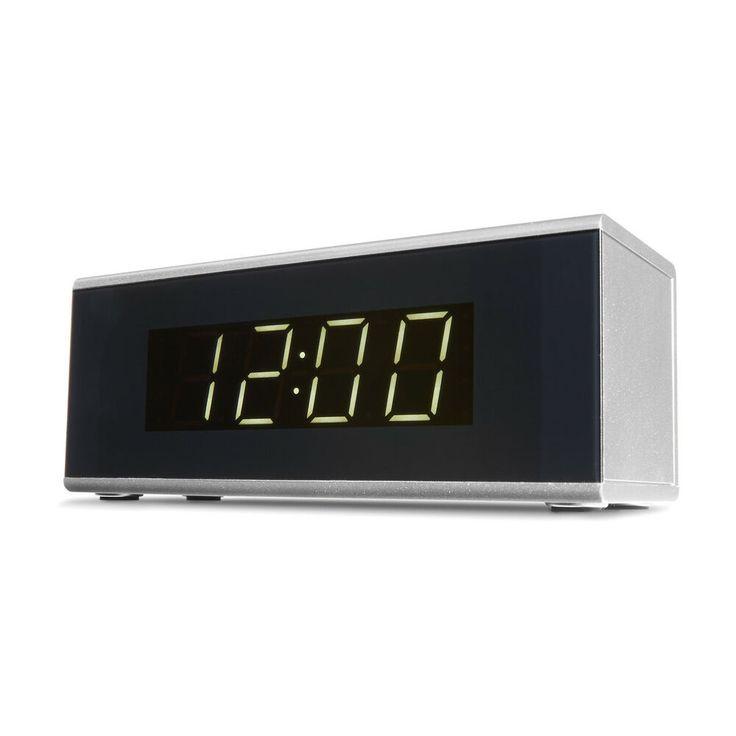 Digital Alarm Clock Am Fm Radio Silver 20 Stations Snooze Sleep