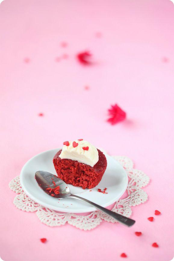 """Verdade de sabor: Капкейки """"Красный бархат"""" / Cupcakes Veludo Vermelho"""