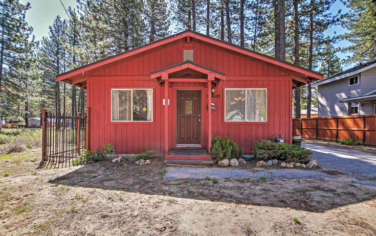 3BR South Lake Tahoe Cabin w/Fireplace & Dog Run! #VacationRental #LakeTahoe #SouthLakeTahoe
