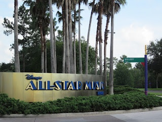 All Star Music Resort Review: All Stars Music, Beach Resorts, Disney All Stars, Resorts Entrance, Beaches Resorts, Resorts Review, Music Resorts, West Resorts, Resorts Beaches