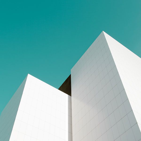 Minimalist architectural photographs by Matthias Heiderich of the series Systems/Layers II. The selected photographs below are part Matthias Heiderich's se