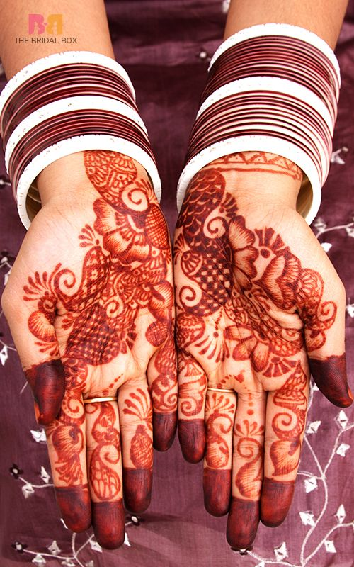 So here are 41 mesmerising mehndi designs for wedding that she can choose from and as a bonus we've thrown in an interesting and easy DIY video along with FAQs at the end of the article for your convenience.