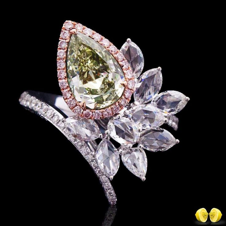 At @novelcollectionasia. Captivating colors that nature gift us through diamonds are incredible and our design team always do such excellent colors justice by creating the most organic design using multi shape diamonds and colors..