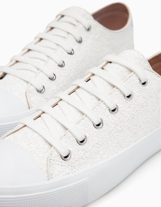 At Stradivarius you'll find 1 Glitter plimsolls for woman for just 19.99 £ . Visit now to discover this and more ALL.