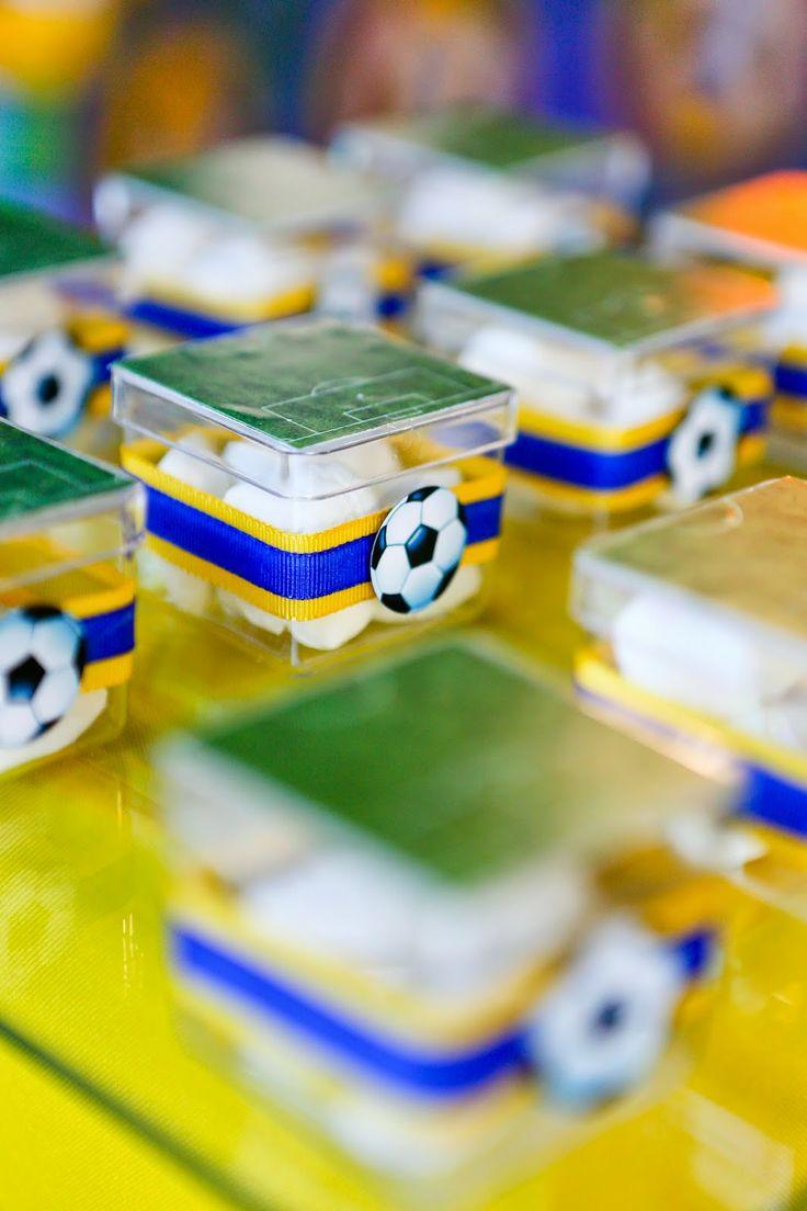 Festa Party Futebol Soccer Basil Brazil Encontrando Ideias - http://www.festascriativas.com.br/