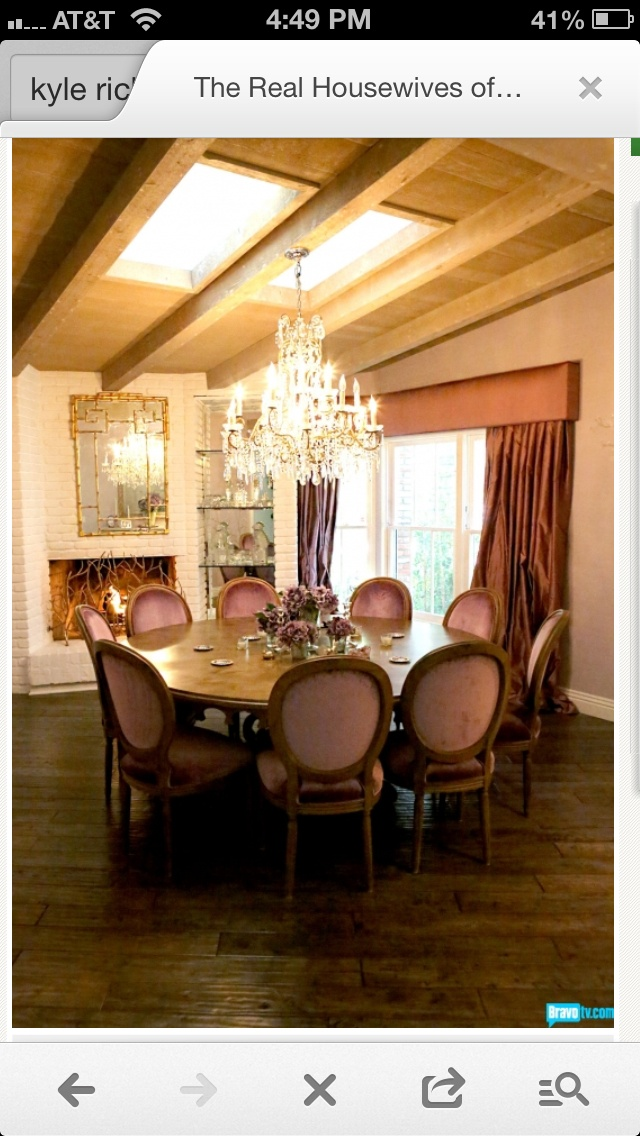 12 best images about dinning room sets i like on for Dining room 640x1136