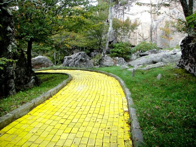 Autumn at Oz.. First weekend of Oct every year. It's a lot of fun and you get to walk on the yellow brick road!!!