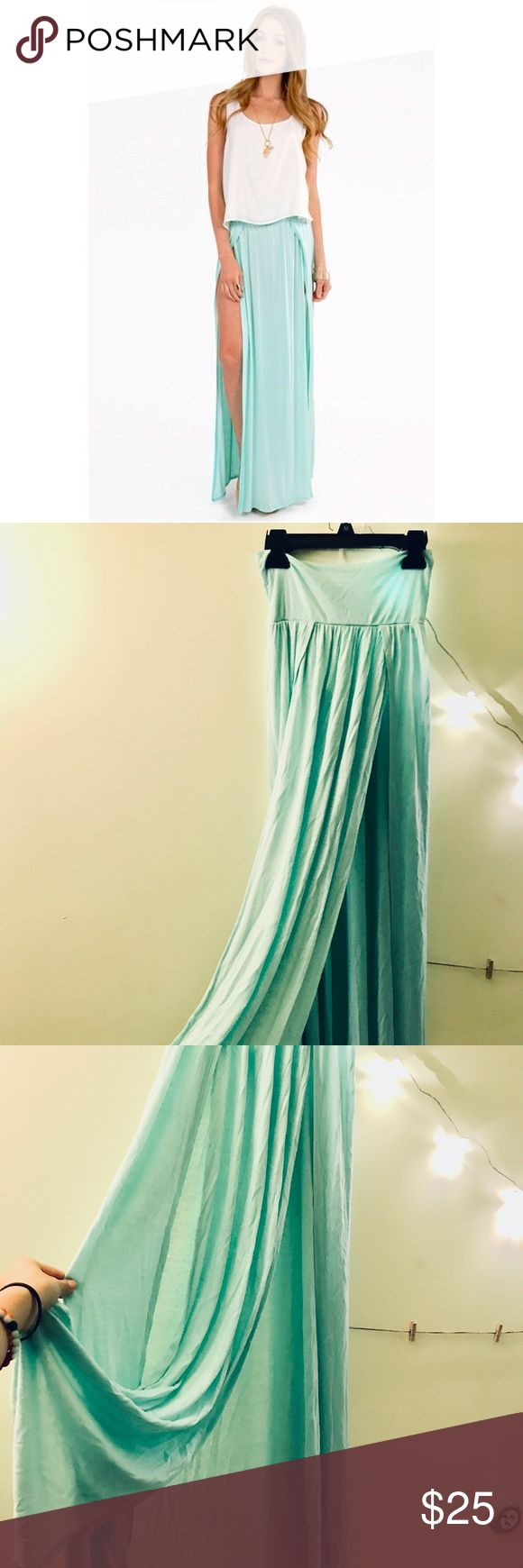 Tobi Double Slit Mint Maxi Skirt Flirty maxi skirt that could be super sexy if worn with crop top or as a coverup for bathing suit. Only worn once. Lightweight material. Tobi Skirts Maxi