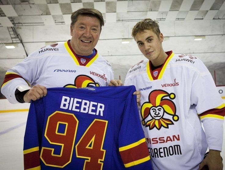 Bieber takes the ice with Jari Kurri Finnish club Jokerit