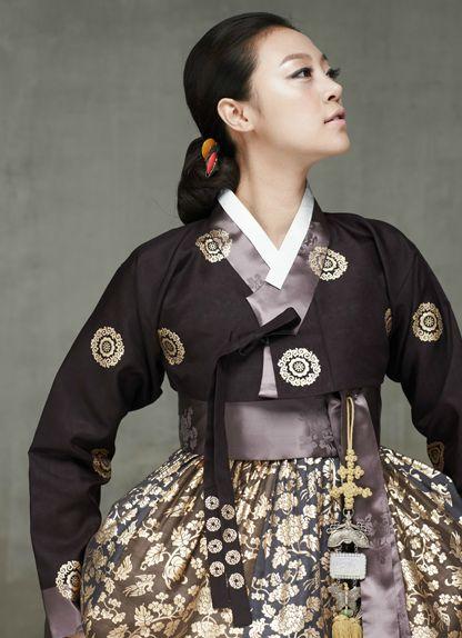 hanbok-embroidered-modernized