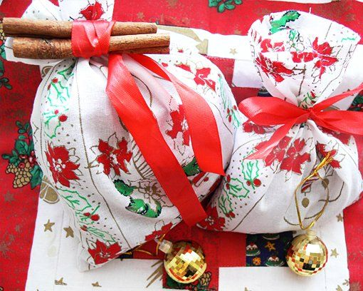 you will need some schristmas fabric or old clothes, a pretty silk ribbon, cinnamon sticks and any christmas tree ornament - google keresés