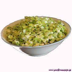 Feta-Lauchsalat mein absolutes Grillzeit - Salat - Lieblingsrezept!!! Super einfach vorzubereiten und kommt garantiert an!
