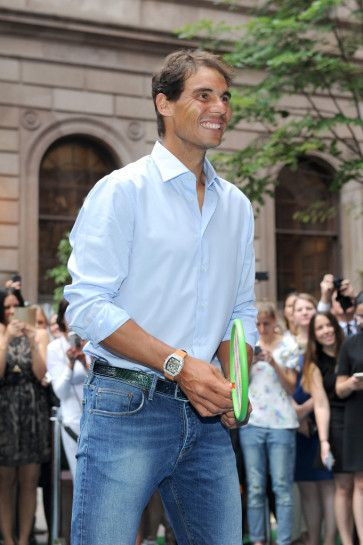 Rafael Nadal plays virtual tennis in New York City ahead of the 2016 US Open (6)