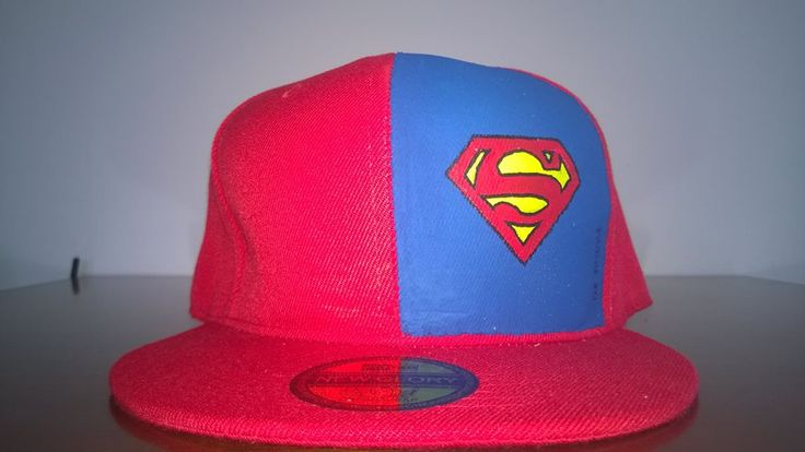 Cappello superman